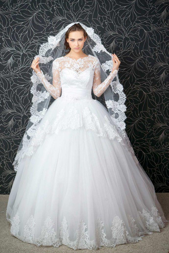 The 82 best Prinzessinnenbrautkleid images on Pinterest | Wedding ...