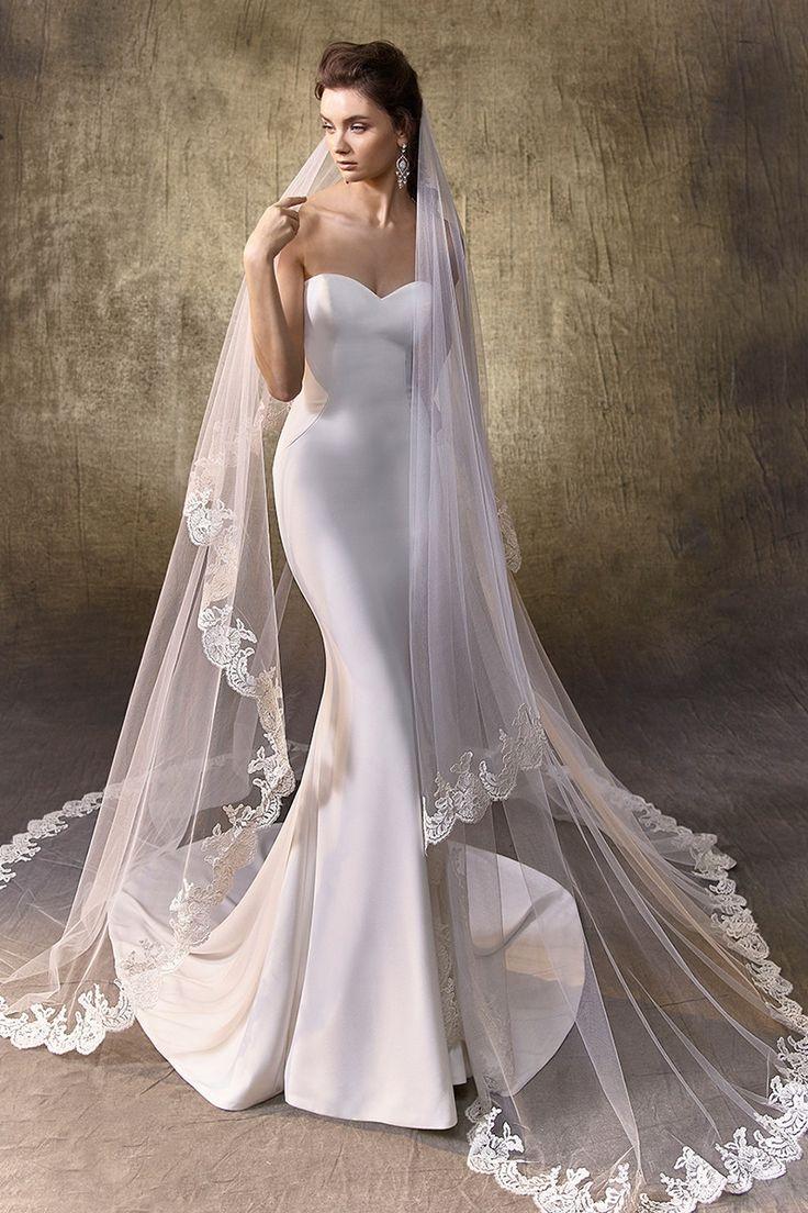 Logan Mermaid Wedding Dress By Enzoani Weddingwire Com Enzoani Wedding Dresses Dream Wedding Dresses Beautiful Bridesmaid Dresses [ 1104 x 736 Pixel ]
