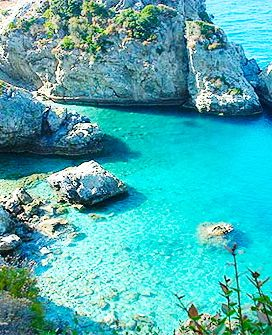 Turquoise Sea - Samos, Greece  ♛ Pinterest @charlieee77