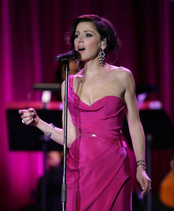 TINA ARENA- seen her don't like her!