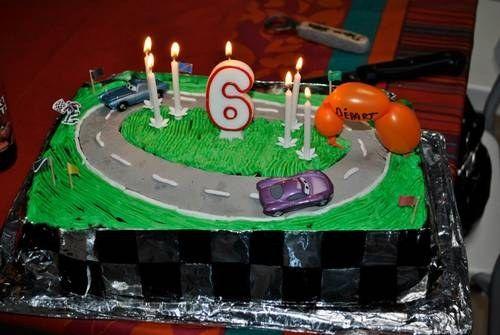 17 meilleures images propos de project birthday car circuit cake sur pinterest g teaux de - Idee gateau anniversaire garcon ...