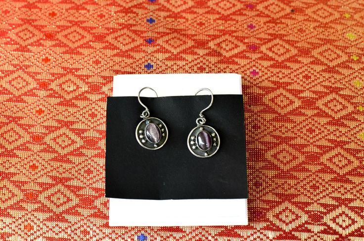 Tradícionális indonéz ezüst fülbevaló ametiszt kővel