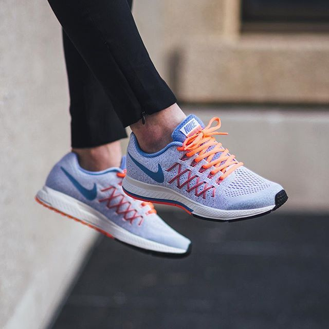 nike oc; Nike Zoom Pegasus 32 (GS) - White/Chalk Blue-Bright Mango