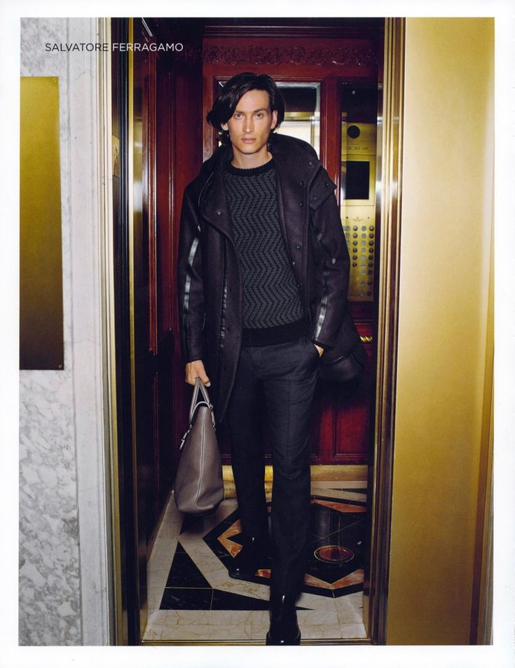 Matt Clunan Celebrates the Holidays with El Palacio de Hierro