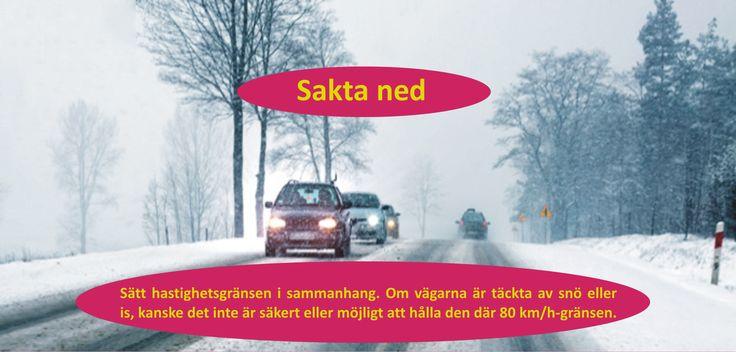 Kompensera för dåligt grepp genom att öka avståndet mellan dig och andra bilar, köra långsammare och växla försiktigt. En saktare hastighet ger dig mer tid att reagera ifall något händer längre fram på vägen. Mer tålamod och medvetenhet om andra förare kan räcka långt den här tiden på året. #däck