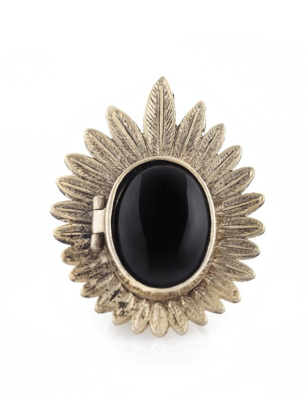 Feather locket ring // House of Harlow