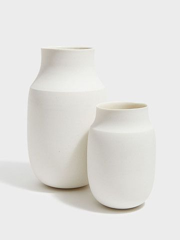 Vases minimalistes blancs