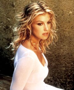 Faith Hill - Another one of my favorite female country artist. Have most of her cd's, love her music too!