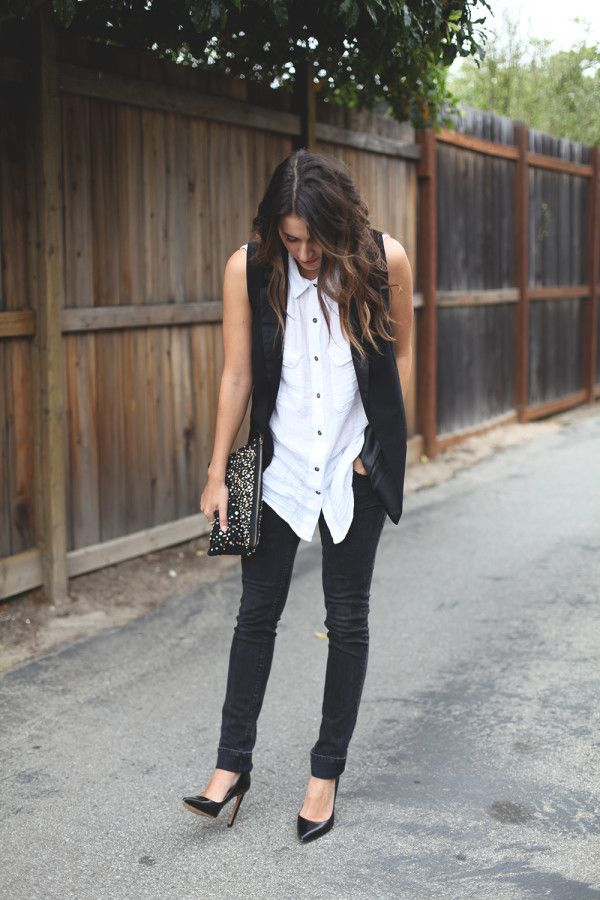 Menswear inspired, a tuxedo vest is an easy and lightweight summer layer. It's a great alternative to a blazer - accessorize with classic pumps and an embellished clutch for a night out.