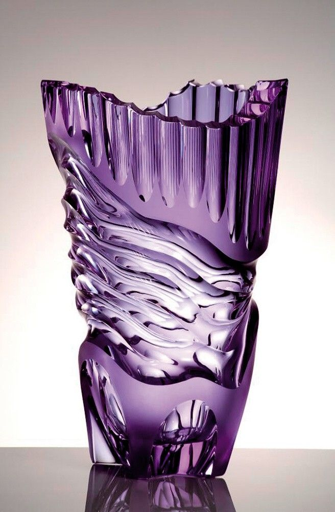 Purple Mosher Glass - Czech Grand Design 2008 in the Museum of Applied Arts