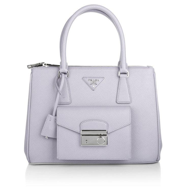 Pretty in pastel & Prada! Wear Tote Bag Saffiano Lux Glicine www.fashionette.de