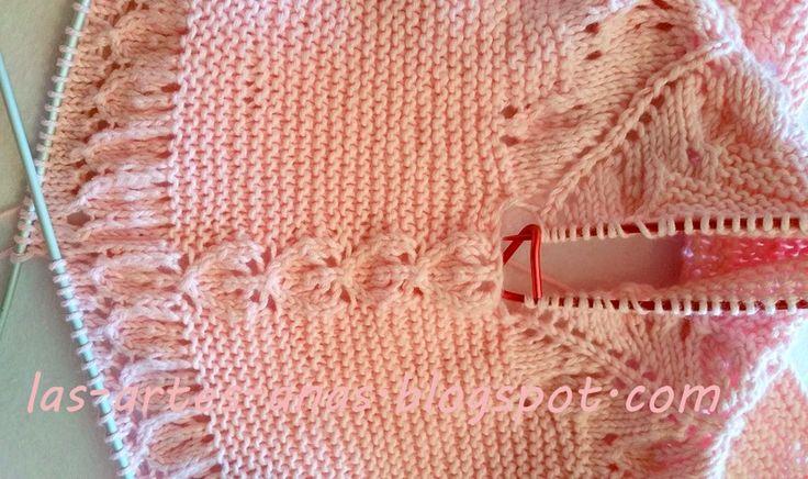 CHAQUETITA-JUBÓN DE NIÑA, TALLA 0-3 MESES, realizada en algodón KATIA PANAMA, COLOR ROSA ,agujas del 2 y medio, y punto bobo con hojas in...