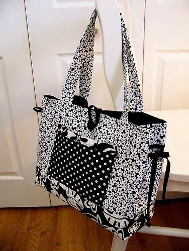 patterns+fot+totebags | love the size and pockets of that bag, but want something new.