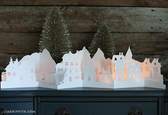 Paper_Cut_Christmas_Village.jpg (560×384)