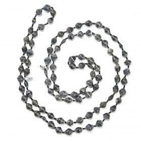 Mifuko paper necklace. http://shop.yalo.fi/search/?q=paper+necklace