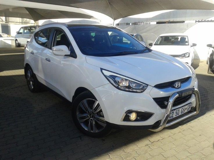 IX 35 FOR SALE  ***PRIME STOCK*** 2014 Hyundai IX35 2.0CRD – CZ50GS Type: 5 Dr diesel SUV. Colour: White. Mileage: 65 000km Airbags, Black leather interior, towbar, ndgebar, sunroof, Radio,CD, Air-Conditioner. alloy wheels. Balance of Warranty.  Price:		ONLY R299 950 Nationwide delivery available Only valid for August 2016   Finance available through allmajor banks, Islamic Finance and Iemas.  * All prices include VAT, excludes on the road fees and any additional extras. Similar pics a