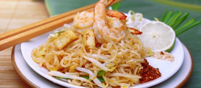 Pad Thai Noedels Met Garnalen recept | Smulweb.nl