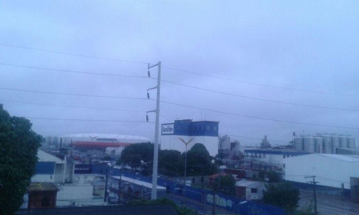 Sábado – Tempo nublado com chuva em grande parte do Norte