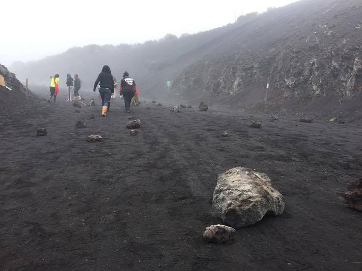 Large boulders were found in the roadway leading to the summit of Mauna Kea. Governor's office says TMT construction 'on hold until further notice - Hawaii News Now