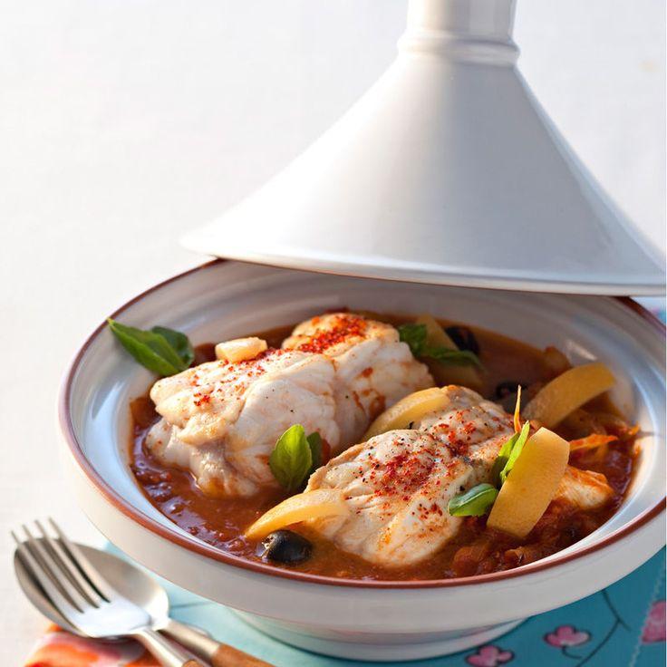Découvrez la recette Tajine de lotte sur cuisineactuelle.fr.