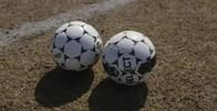 Differences & Similarities Between American & European Soccer   LIVESTRONG.COM