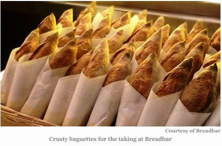 bread: Breads Baguette, Coins De, Decor 2014, Packs Food, Bbc Food, Packs Design, Baguette Viennoiseri, Bbc Decor, Small Corners