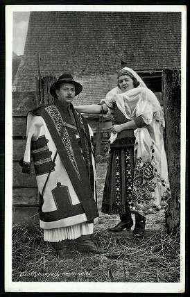 ancient hungarian folk clothes Bánffyhunyad (today Romania) 1930 körül; Népviselet