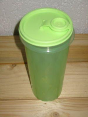 Tupperware 1,0 L Getränkebehälter Wassermann (grün)
