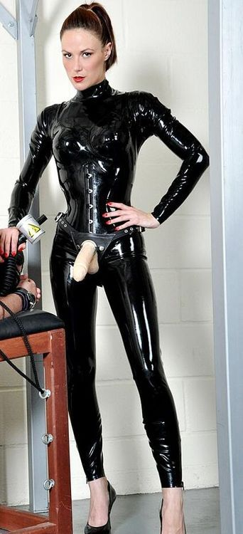 Erntestly Dominatrix mistres sissy strapon gallery need more