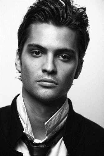 IMDB confirms Luke Grimes joins the cast of True Blood as a 70's Jim Morrison like vampire