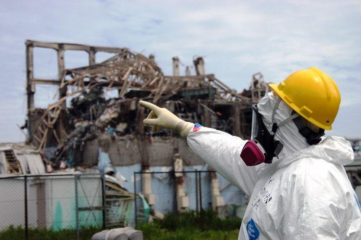 Aún no conocemos con exactitud los peligros para la salud de un accidente nuclear. En Fukushima, los residentes tienen prohibido regresar a sus hogares de forma permanente dentro de la zona de exclusión. Y la ciudad ucraniana de Pripyat, a 4 km de Chernobyl, aún sigue prácticamente desierta. Es cierto que grandes dosis de radiación pueden ser fatales. Pero pequeñas dosis de radiación están por todas partes, todos los días.