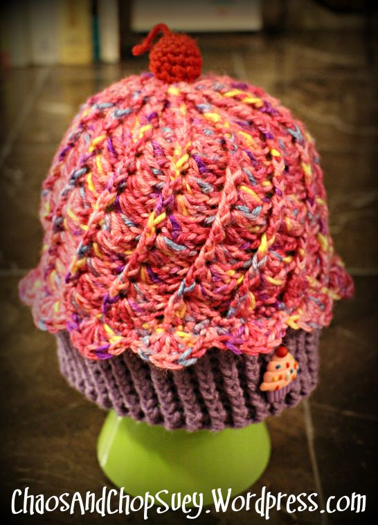 Super Cute Cupcake hat Free Pattern