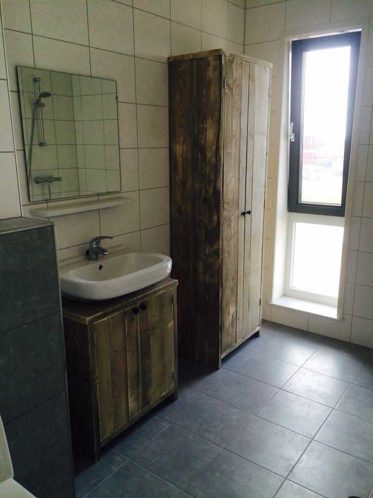 OLD LOOK badkamermeubel  www.bruinbouw.nl