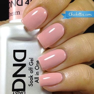 NEW FORMULA! Daisy Soak Off Gel Nail Color: Fairy Dream 1487. Peach pink creme. Size 0.5 oz/15ml. LIMITED PROMOTION: FREE MATCHING NAIL POLISH IN A PACK! About the NEW Daisy Soak Off Gel Polish : Wit