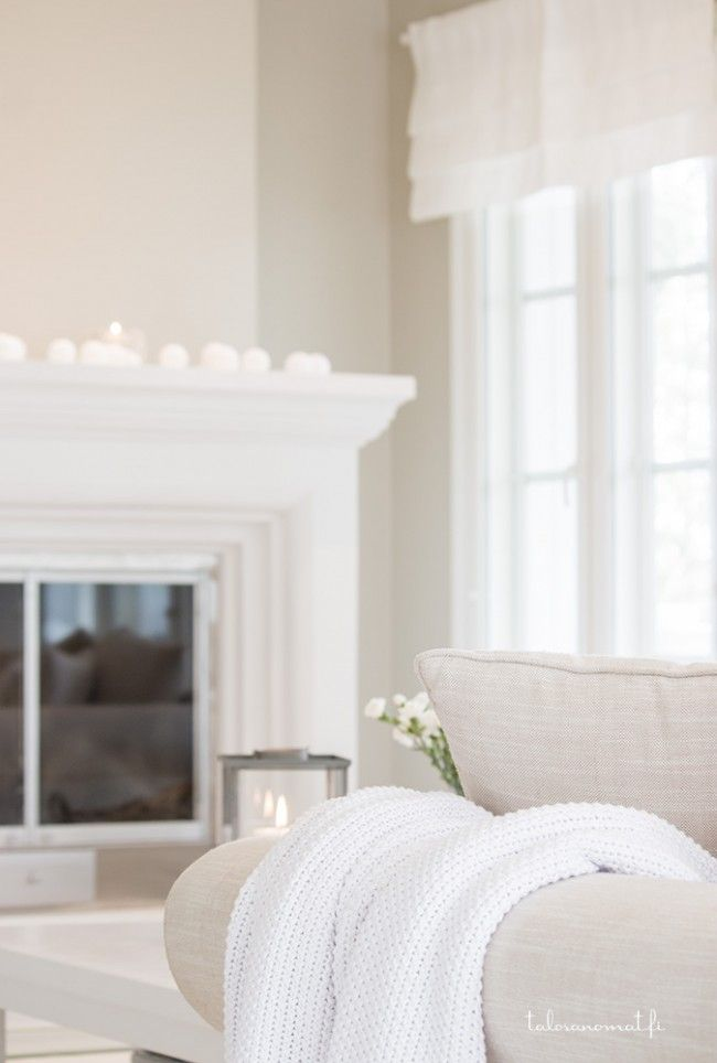 .beautiful, serene room, shades of white