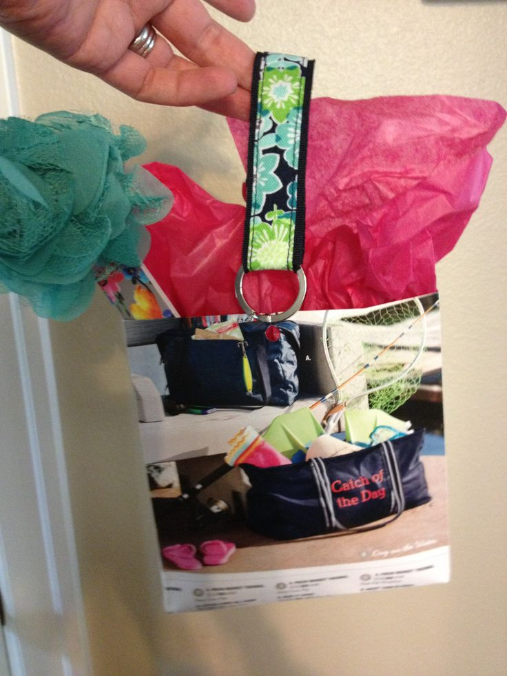 Recycled thirty-one catalog, rosette pin, key chain and Emery board!
