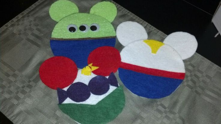 Disney felt ornaments alien from toy story,Ariel and prince Eric