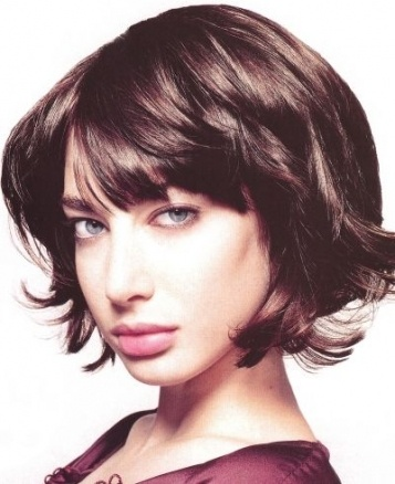 : Haircuts, Beauty Stuff, Hairstyles, Hair Styles, Layered Bob, Health Beauty Style, Hair Cuts, Bangs