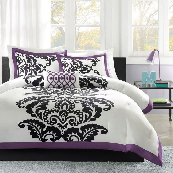 29 best images about bedroom on pinterest purple for Purple gothic bedroom