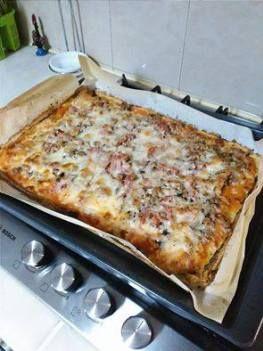 Pizza com base de couve flor -