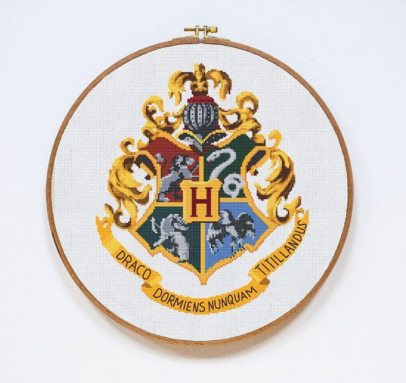 Hogwarts Cross Stitch Pattern Harry Potter Cross por Stitchering