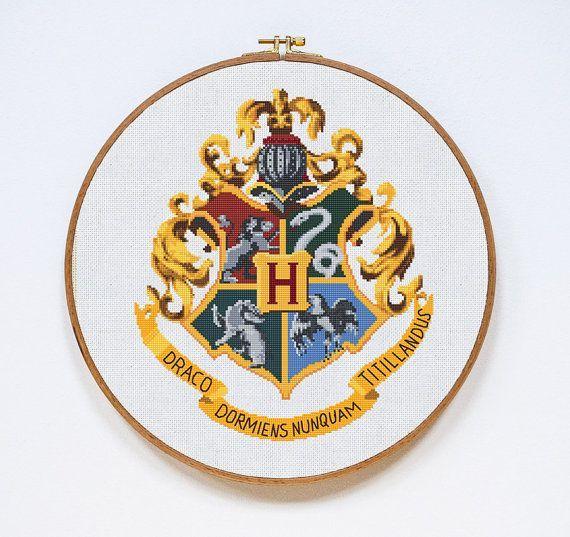 Hogwarts Cross Stitch Pattern Harry Potter Cross por Stitchering
