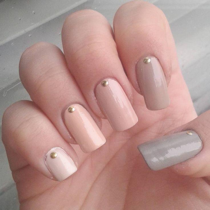 Domi Králiková (@domi_nailart)  I really love these ones❤💅 #fade #shades #shadenails #greynails #nude #nudenails #nudeshades #nailart #nailartist #nails #naildesign #nailartlover #pinknails #follow #follownails #followmenow