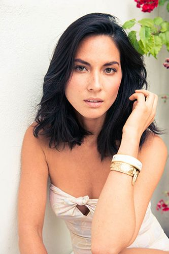 Olivia Munn Gives Us A Lesson In Borrowing From The Boys #refinery29