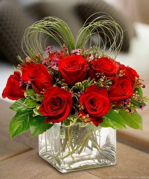 Send love in a cute cube of a dozen red roses. by Mission Viejo Florist #MissionViejo #OC Florist