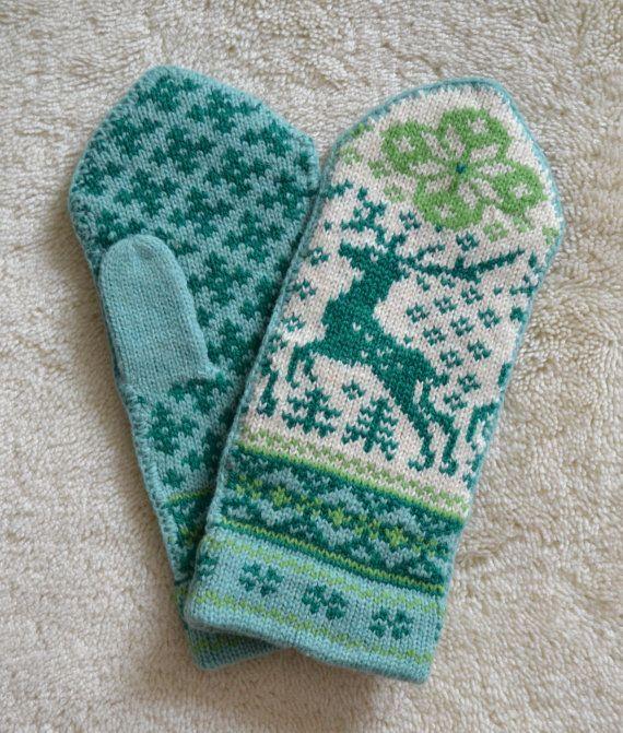 NORWEGIAN Scandinavian Hand Crafted 100% wool by NordicStarStudio