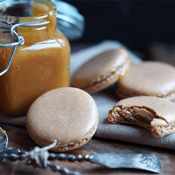Makroner med salt karamell