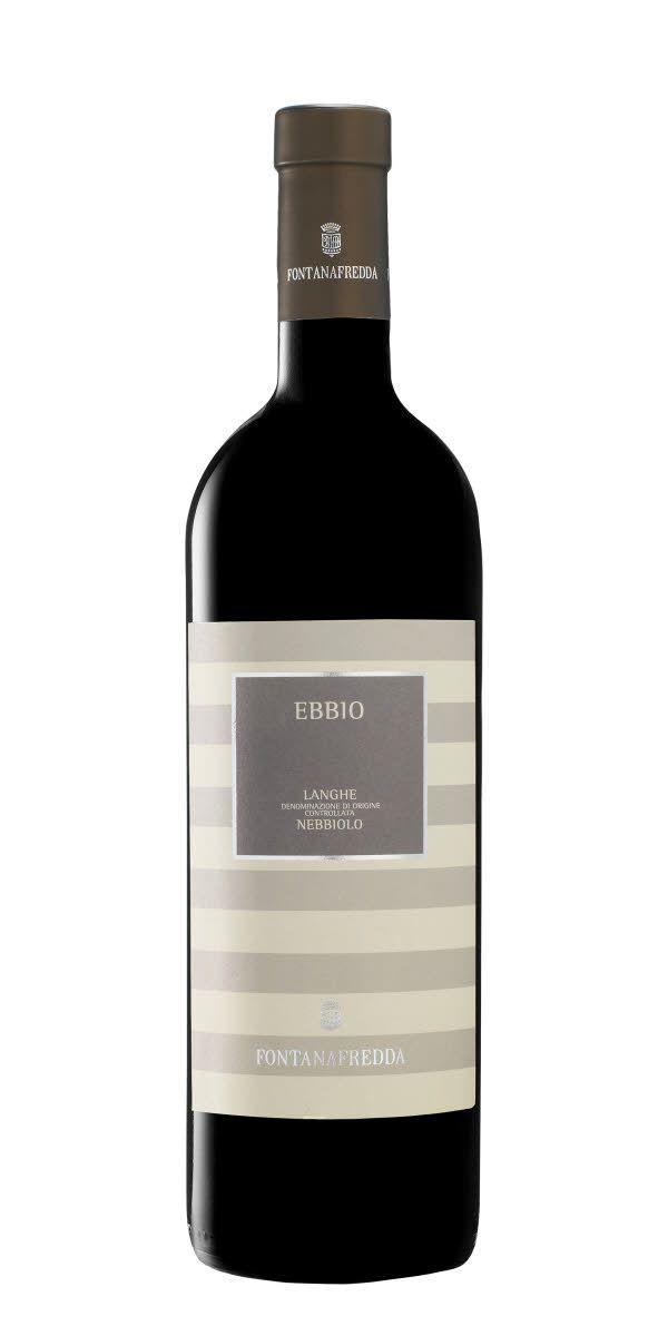 Komplext vin med strävhet och  mycket olika smaker som Mörkabär, lakrits och ekfat.