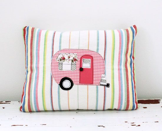 camper stripe pillow. This is so I remember to sew something lke this!!