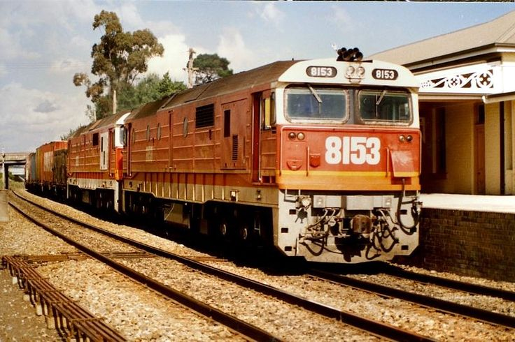 Marulan -8153-8168 and 13 wagons on a down goods. 4.48pm. 30/12/88